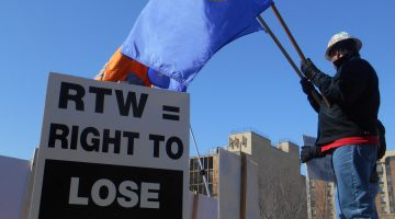 """RTW = Right To Lose"" sign"